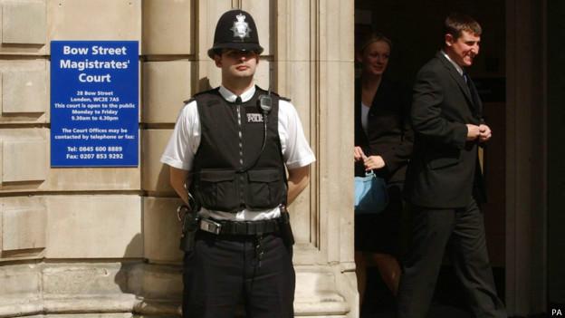 قاض بريطاني يغط في النوم خلال نظر قضية اغتصاب طفل