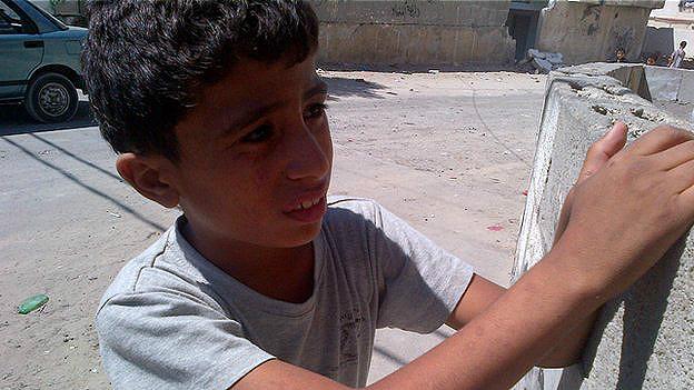 Los niños no tienen dónde esconderse en las guerras de Gaza y Siria - BBC Mundo - Noticias