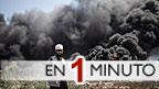 Palestino en frente de una instalación eléctrica en llamas