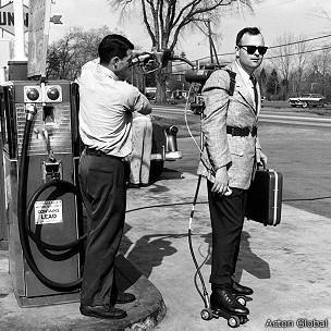 Patines motorizados de los años 1950
