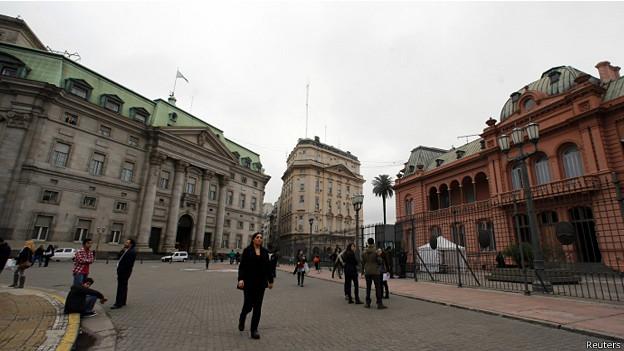 Banco de la Nación Argentina, frente a la Casa Rosada