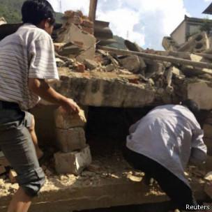 Gempa di Cina