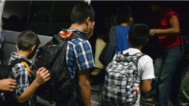 Niños migrantes guatemaltecos detenidos en México. Foto: AFP/Getty