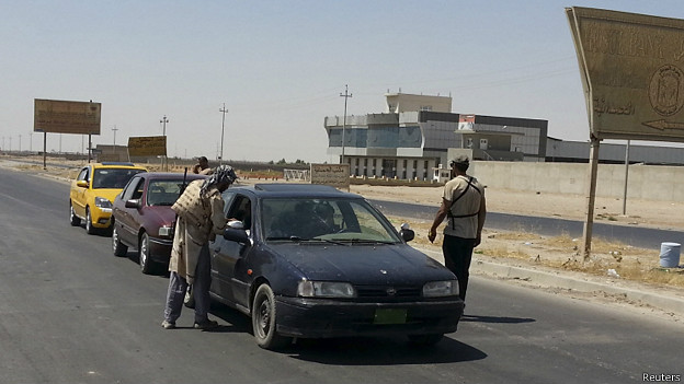 Militantes del Estado Islámico en Nínive, Irak