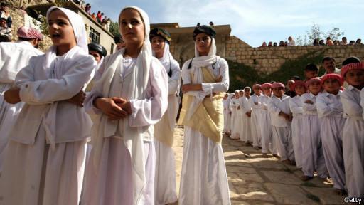 دختران یک مدرسه ایزدی