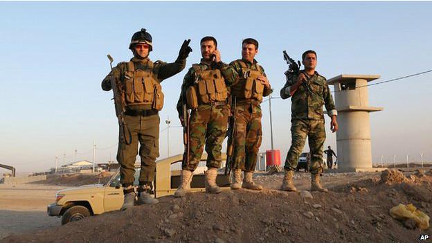Forças curdas (AP)