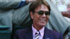 Interrogan al cantante británico Cliff Richard