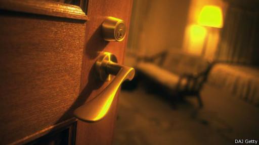 الفنادق 140814135339_hotels_
