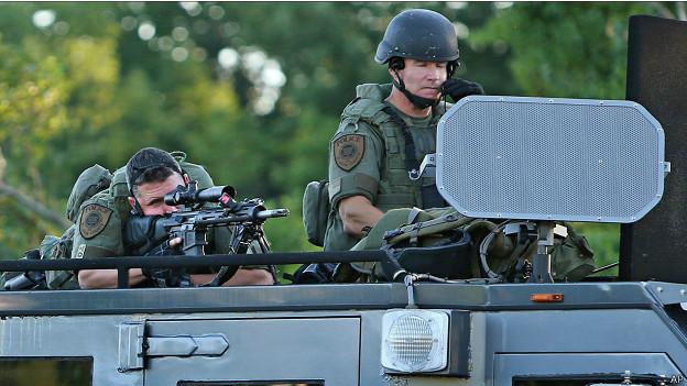 Ferguson, policía militarizada