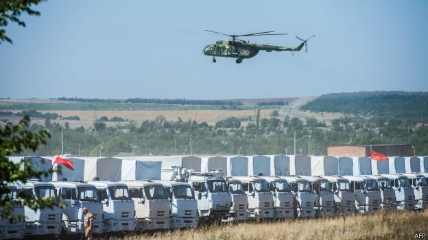 Ucrânia diz ter bombardeado coluna de blindados vinda da Rússia