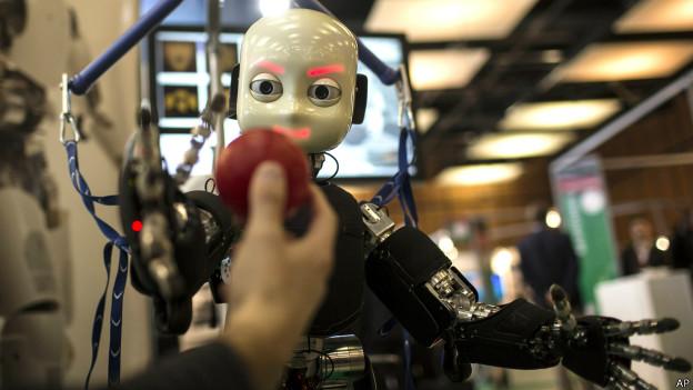 ¿Qué tan probable es que un robot te quite TU trabajo?