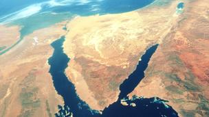الشرق الأوسط - BBC Arabic - مصر: مقتل سبعة من  عناصر تنظيم بيت المقدس  في السويس