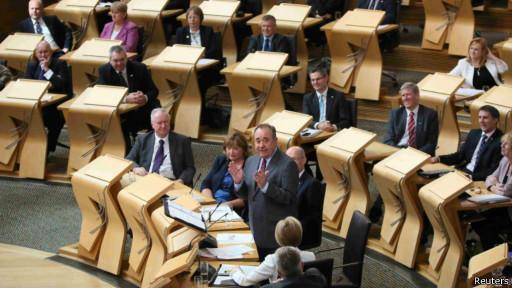 蘇格蘭就獨立舉行公投前最後一次議會辯論,蘇格蘭國家黨領袖薩蒙德稱蘇格蘭是最富有的國家之一。