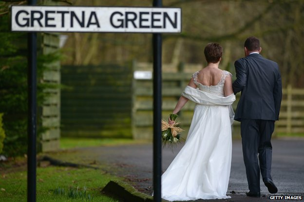 BBC记者来鸿:英格兰情侣向往的那片乐土