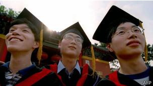"BBC记者来鸿:中国虎妈要""慈悲""?"