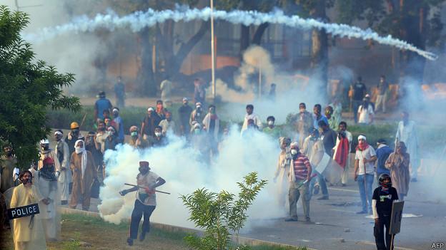 पाकिस्तान प्रदर्शन