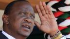 Le Président Uhuru Kenyatta a été la première personne à s'inscrire