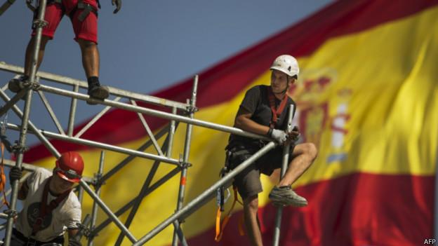 Trabalhadores espanhóis | Crédito: AFP