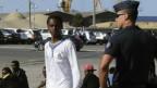 Francia y Reino Unido firman acuerdo para combatir inmigración en Calais