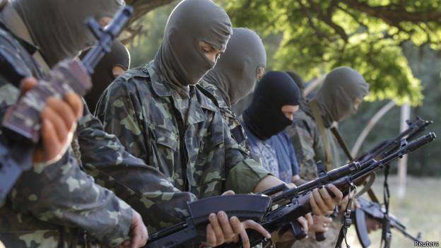 Putin prevê acordo de paz na Ucrânia até sexta e pede apoio de rebeldes