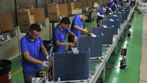 Linha de produção em Manaus. Credito: Reuters