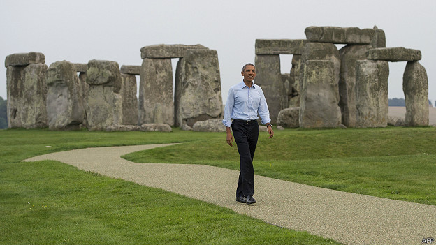 http://a.files.bbci.co.uk/worldservice/live/assets/images/2014/09/06/140906043134_obama_stonehenge_624x351_afp.jpg