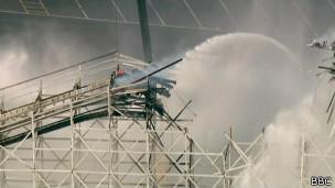 Montanha-russa Colossus nos EUA   Foto: BBC