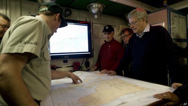investigadores canadienses que buscan los barcos de Sir John Flanklin