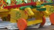लकड़ी के खिलौने वाली गाड़ी
