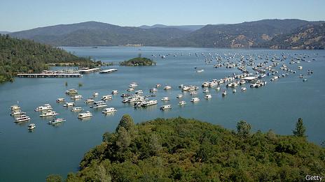 Lago Oroville, California