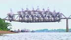 Demolición de un puente en Kentucky, EE.UU.