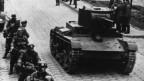 Советские танки и немецкая мотопехота в Бресте, 1 октября 1939 г.