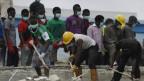 Trabajadores de rescate buscan más vícitmas