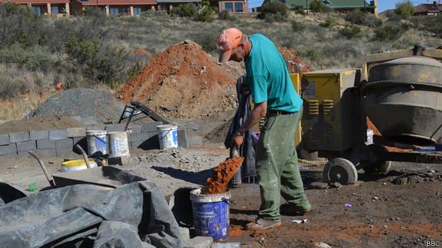 Obrero en Orania.