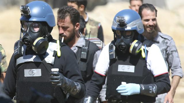سوريا تكشف عن أربع منشآت إضافية للأسلحة الكيماوية - BBC Arabic