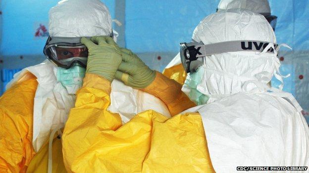 traje protector, ébola