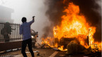 Parlemen Burkina Faso Dibakar Pengunjuk Rasa