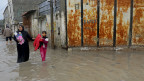 Wilayah Gaza yang Rusak Akibat Perang Tergenang Banjir