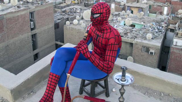 Kahire'nin yeni kahramanı Örümcek Adam