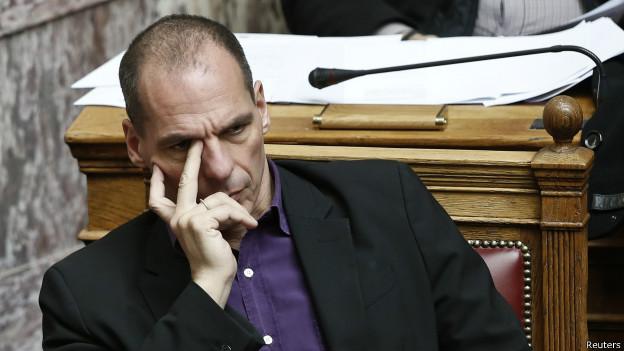 Varoufakis: İmzalamaktansa kolumu keserim daha iyi