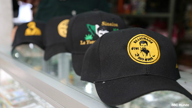 Gorras del Chapo Guzmán a la venta en Culiacán, Sinaloa