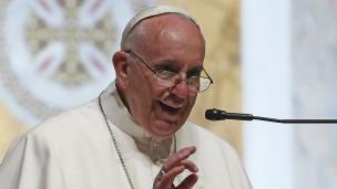 El para Francisco durante su discurso ante los obispos.