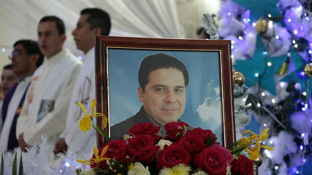 Funeral del sacerdote Gregorio López