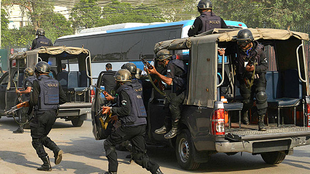 160414182631_pakistan_police_640x360_