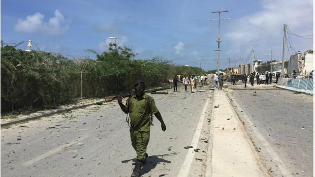 160726132043_mogadishu_blast_640x360_bbc_nocredit