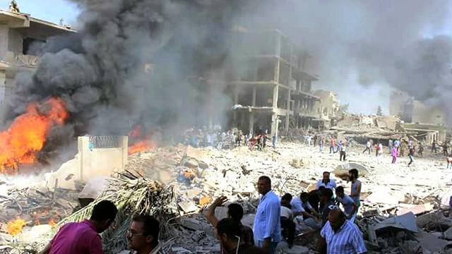 سوريا: مقتل العشرات في تفجير مزدوج لتنظيم الدولة بالقامشلي