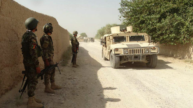 د هلمند والي: ګرمسير ولسوالۍ بېرته افغان ځواکونو نېولې