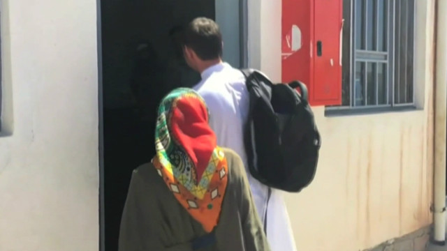 عوامي نیشنل ګوند د افغان کډوالو په تړاو کميټي جوړه کړې