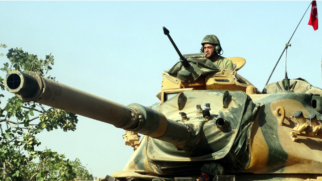 ناشطون: مقتل 35 مدنيا في قصف تركي لأهداف في شمالي سوريا