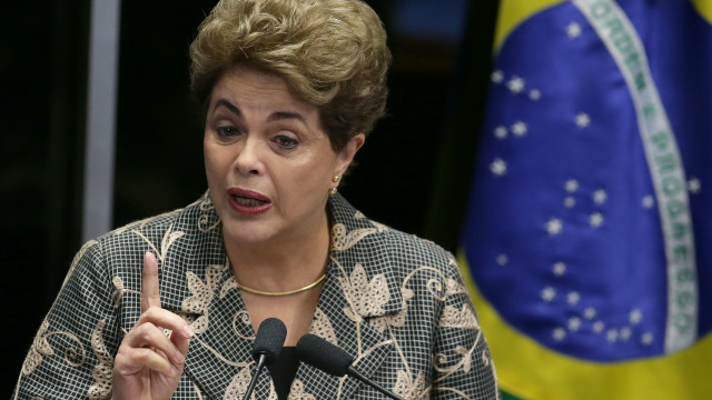 Tổng thống Brazil bào chữa trước Thượng viện